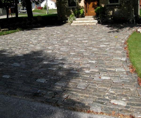 Reclaimed Granite Cobblestone Drive 1
