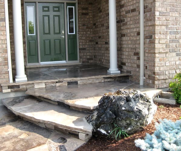 Entryway with Decorative Moss Rock Limestone