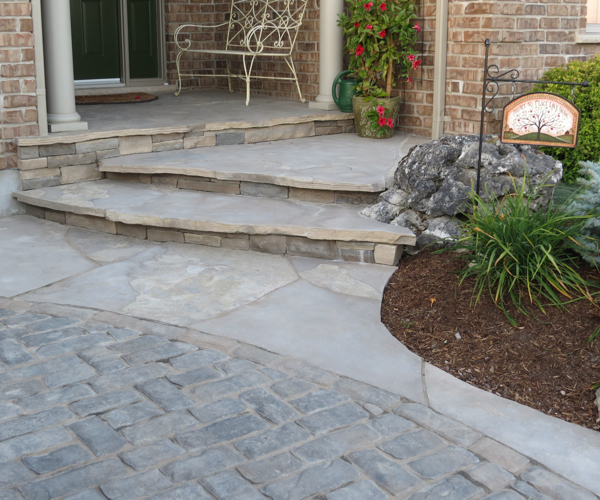 Entryway with Jumbo Flagstone Steps